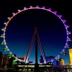 Отель The LINQ Hotel & Casino США, Лас-Вегас - 9 отзывов об отеле, цены и фото номеров - забронировать отель The LINQ Hotel & Casino онлайн балкон