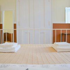 Ambiente Hostel & Rooms Стандартный номер с двуспальной кроватью (общая ванная комната) фото 7