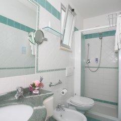 Отель Albergo Vittoria Римини ванная