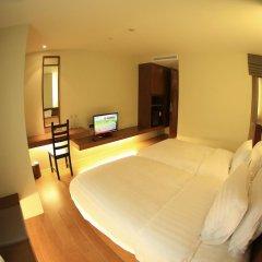 Silom One Hotel 3* Улучшенный номер фото 9