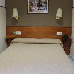 Отель El Jardin Испания, Барселона - отзывы, цены и фото номеров - забронировать отель El Jardin онлайн комната для гостей фото 2