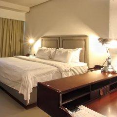Отель Sugar Palm Grand Hillside 4* Номер Делюкс двуспальная кровать фото 20