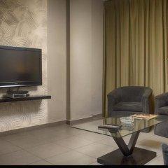 Отель Crystal Suites комната для гостей фото 5