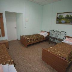 Гостиница Guest House Beryoza Стандартный семейный номер с разными типами кроватей (общая ванная комната)
