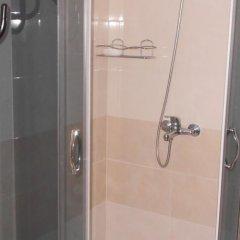 Отель Varbanovi Guest House Боженци ванная