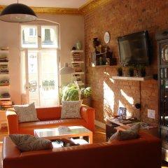 Отель Blooms Inn & Apartments Польша, Познань - отзывы, цены и фото номеров - забронировать отель Blooms Inn & Apartments онлайн интерьер отеля