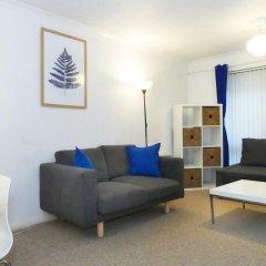 Апартаменты Paula Apartment - Covent Garden - комната для гостей фото 4