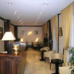 Отель Hôtel Paris Gambetta интерьер отеля