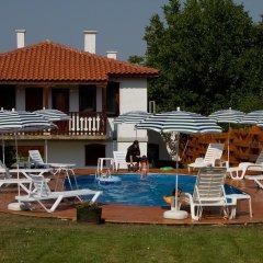 Отель Rai Guest House Шумен бассейн