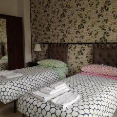 Отель Books Beds & Breakfast Стандартный номер с различными типами кроватей