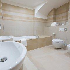 Отель U Zlatého Gryfa Чехия, Прага - отзывы, цены и фото номеров - забронировать отель U Zlatého Gryfa онлайн ванная