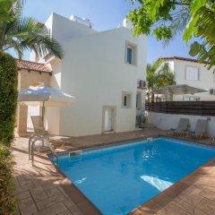 Отель Villa Pernera бассейн