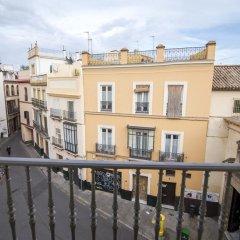 Отель Petit Palace Santa Cruz Испания, Севилья - отзывы, цены и фото номеров - забронировать отель Petit Palace Santa Cruz онлайн балкон