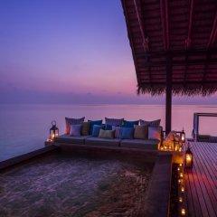 Отель One&Only Reethi Rah 5* Вилла Премиум с различными типами кроватей фото 15