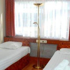 Budget Hostel Bargain Toko Амстердам фото 20