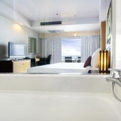 Отель D Varee Jomtien Beach 4* Представительский номер с различными типами кроватей фото 8