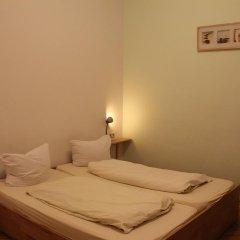 Buch-Ein-Bett Hostel Номер категории Эконом с различными типами кроватей