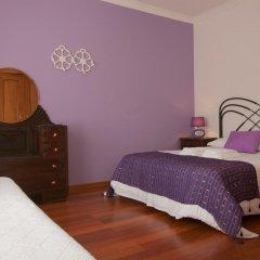 Хостел Ericeira Chill Hill Hostel & Private Rooms Стандартный номер с двуспальной кроватью (общая ванная комната) фото 14