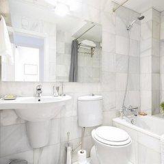 Отель Friendly Rentals Mistral Испания, Мадрид - отзывы, цены и фото номеров - забронировать отель Friendly Rentals Mistral онлайн ванная