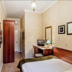 Мини-Отель Серебряный век Улучшенный номер с двуспальной кроватью фото 16