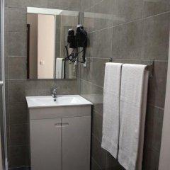 Отель Oporto Boutique Guest House Стандартный номер с различными типами кроватей фото 14