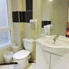 Hotel de l'Aveyron ванная