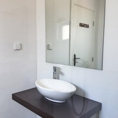 Отель Guesthouse Casadoalto - Ex Casabranca 3* Улучшенный номер разные типы кроватей фото 10