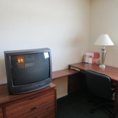 Отель Days Inn Elk Grove Village Chicago OHare Airport West Стандартный номер с различными типами кроватей фото 3