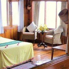 Отель Paradise Inle Resort 3* Улучшенный номер с различными типами кроватей фото 4