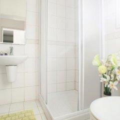 Отель Villa Yvonne ванная