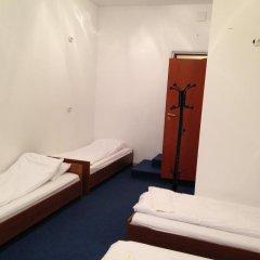 Отель Budget Central 2* Стандартный семейный номер с двуспальной кроватью фото 4
