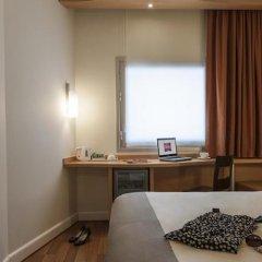 Отель Ibis Izmir Alsancak удобства в номере фото 2