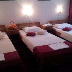 Hotel N 3* Номер с общей ванной комнатой с различными типами кроватей (общая ванная комната) фото 3