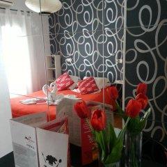 Отель Flat5Madrid 3* Номер с различными типами кроватей (общая ванная комната) фото 18