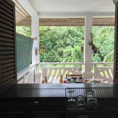 Отель Bora Faretai Love Французская Полинезия, Бора-Бора - отзывы, цены и фото номеров - забронировать отель Bora Faretai Love онлайн балкон