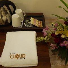 Hotel Cloud Nine в номере