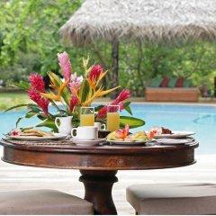 Отель Matangi Private Island Resort питание фото 3