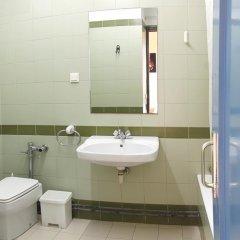 Отель Mare de Déu de Montserrat Испания, Барселона - отзывы, цены и фото номеров - забронировать отель Mare de Déu de Montserrat онлайн ванная фото 2