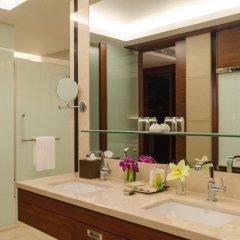 Отель AETAS lumpini 5* Люкс Премьер с двуспальной кроватью фото 4