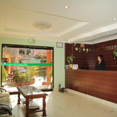 Отель Pokhara Village Resort Непал, Покхара - отзывы, цены и фото номеров - забронировать отель Pokhara Village Resort онлайн интерьер отеля фото 3