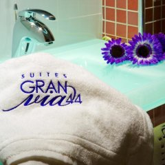 Отель Suites Gran Via 44 Apartahotel 4* Люкс с различными типами кроватей фото 9