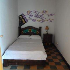 Viajero Cali Hostel & Salsa School Стандартный номер с различными типами кроватей (общая ванная комната) фото 4