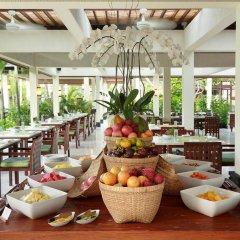 Отель The Seminyak Beach Resort & Spa питание фото 2