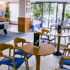 Отель Playas de Torrevieja гостиничный бар