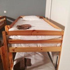 Отель The Penny Outpost Кровать в общем номере с двухъярусными кроватями фото 12