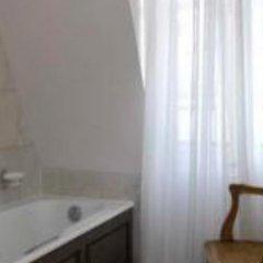 Отель du Romancier Франция, Париж - отзывы, цены и фото номеров - забронировать отель du Romancier онлайн ванная