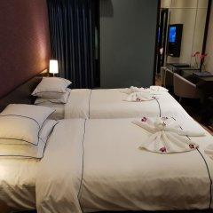 Hanoi Emerald Waters Hotel Trendy 3* Улучшенный номер с различными типами кроватей фото 3