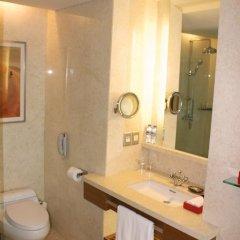 Отель InterContinental Saigon 5* Номер Делюкс с различными типами кроватей фото 8