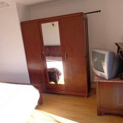 Отель Residencial Portuguesa 3* Стандартный номер с 2 отдельными кроватями (общая ванная комната) фото 4