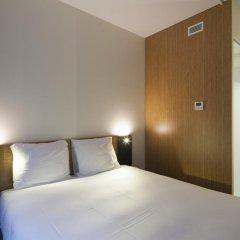Отель easyHotel Brussels City Centre 3* Стандартный номер с различными типами кроватей фото 3